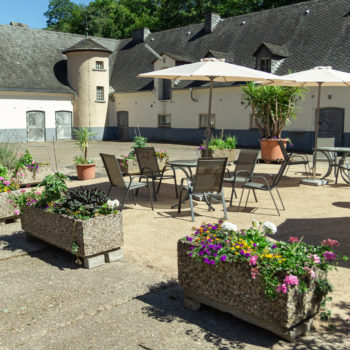 Innenhof 1 (2 of 3)